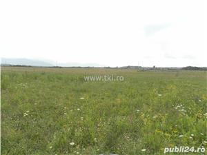 Teren intravilan de vanzare Sibiu zona Cristian Pret: 370.000 EUR  + TVA - imagine 4