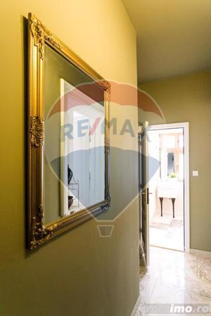 Apartament cu 3 camere cu vedere in Piateta istorica. - imagine 17