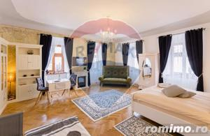 Apartament cu 3 camere cu vedere in Piateta istorica. - imagine 14