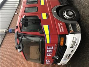 Masina de pompieri autospeciala stins incendii - imagine 3