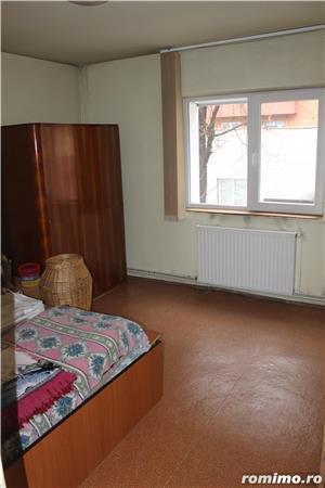 Apartament 4 camere, decomandat, etaj 1/4,str. Carpatilor - imagine 2