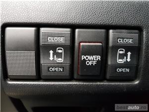 Mazda 5 van 7 locuri - imagine 8