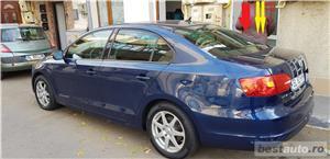 VW JETTA/ 2013.DISEL-Cutie AUTOMATA DSG II-Dotari TOP/ Impecabila.Limousine culoare Blue  - imagine 1