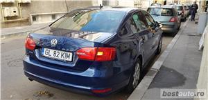 VW JETTA/ 2013.DISEL-Cutie AUTOMATA DSG II-Dotari TOP/ Impecabila.Limousine culoare Blue  - imagine 16