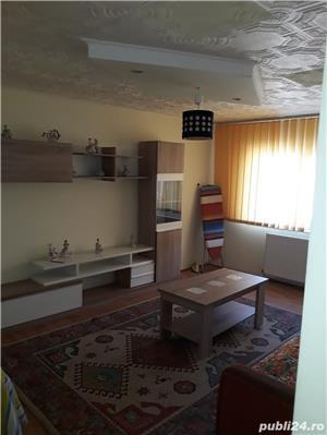 Ofer spre inchiriere apartament cu 3 camere. - imagine 1
