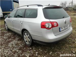 VW Passat - imagine 12