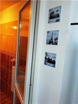 Regim hotelier garsoniera Titan - imagine 5
