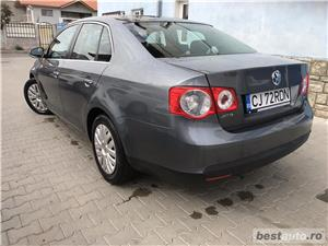 VOLKSWAGEN JETTA 1.6 tdi/105cp - imagine 4
