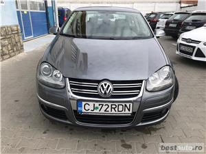 VOLKSWAGEN JETTA 1.6 tdi/105cp - imagine 1