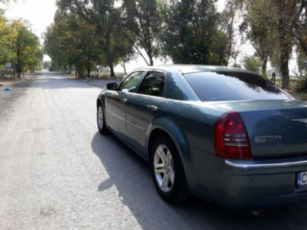 Chrysler 300c diesel  an 2008 full   7700 EUR.  - imagine 3
