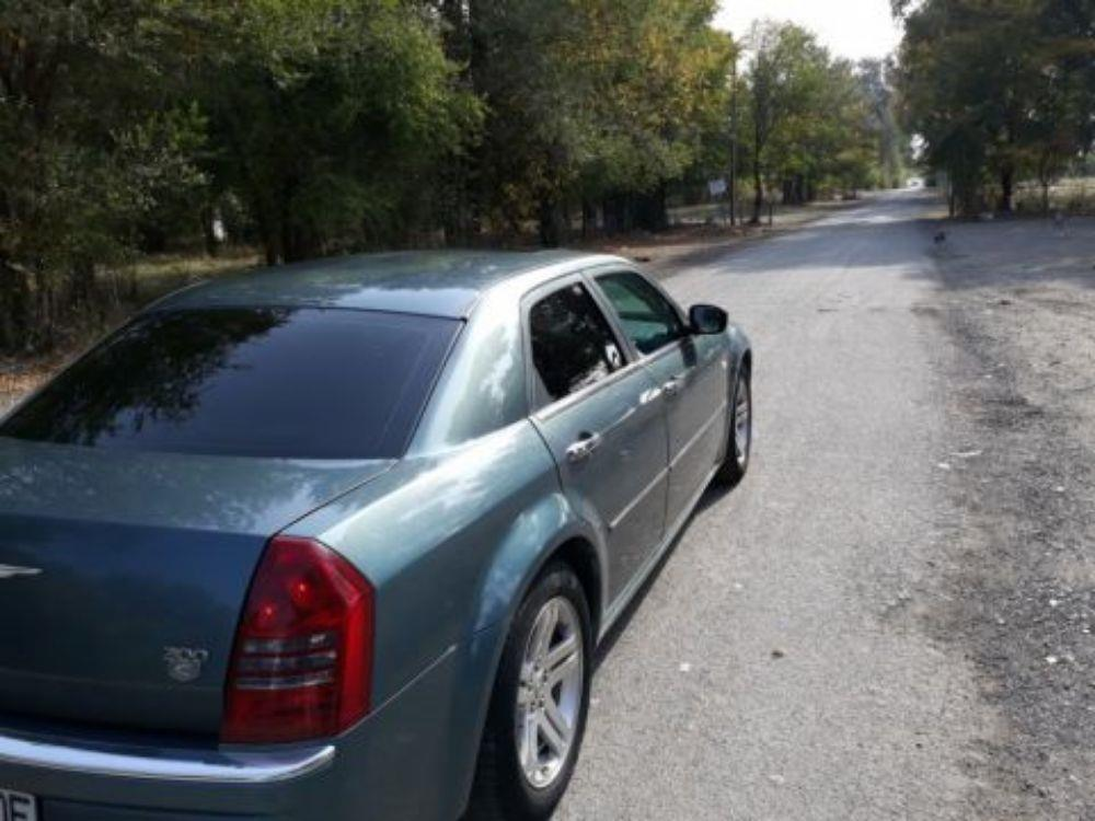 Chrysler 300c diesel  an 2008 full   7700 EUR.  - imagine 7