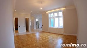 Apartament clasic, cu finisaje de exceptie, situat in inima Aradului - imagine 1