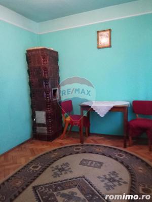 Casă / Vilă cu 4 camere în zona Piata Taranilor - imagine 14
