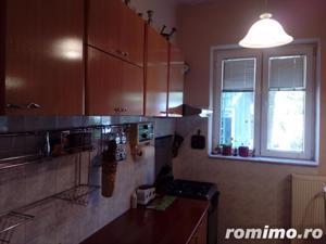 Apartament in vila , teren 160 mp gradina garaj Eroii Revolutiei - imagine 6