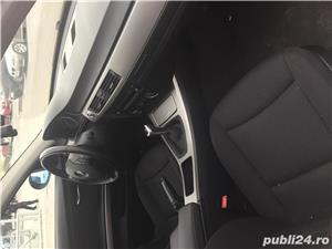 BMW Seria 3 318i E90 - imagine 5