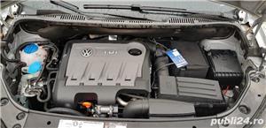 VW TOURAN 2012 - imagine 8