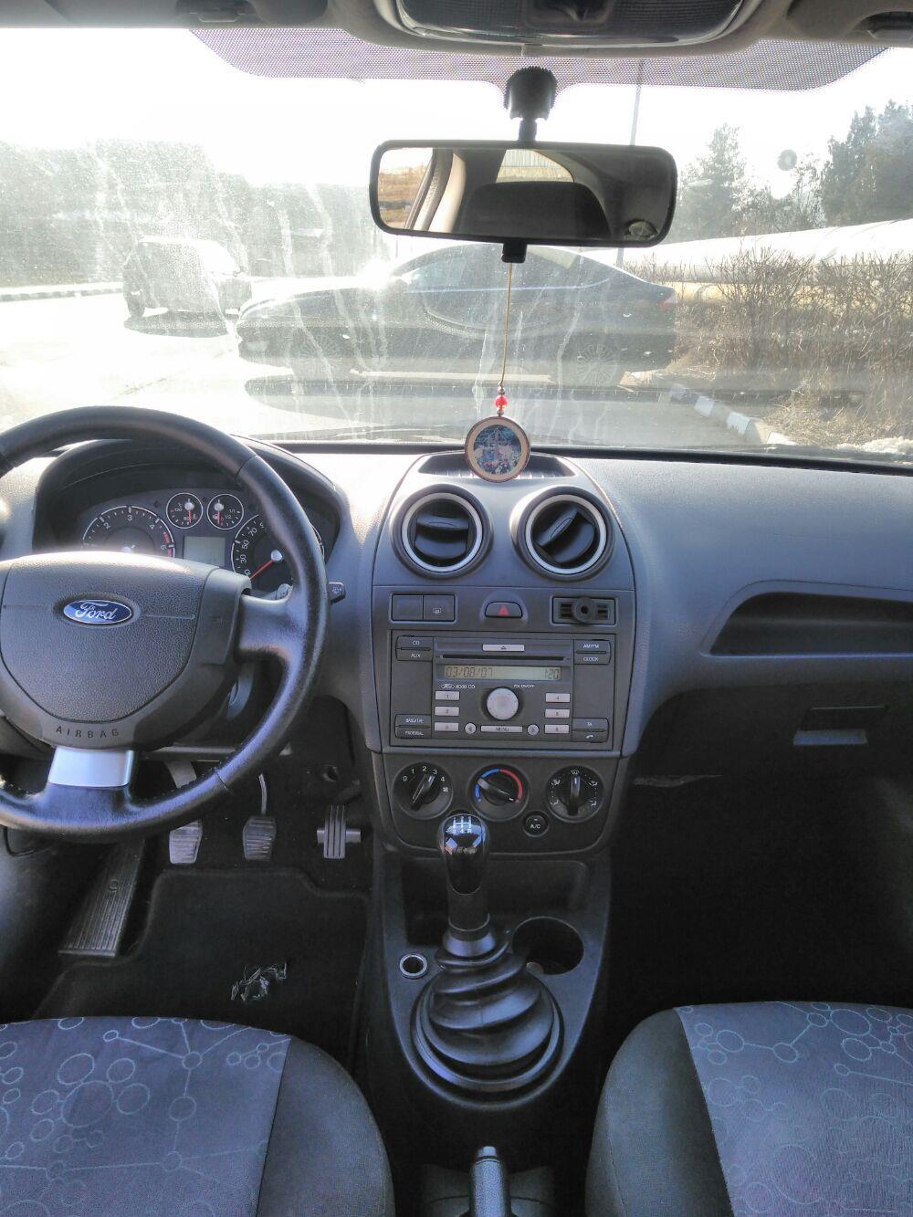 Ford Fiesta 1.4 tdi an 2008 Rar făcut  - imagine 5