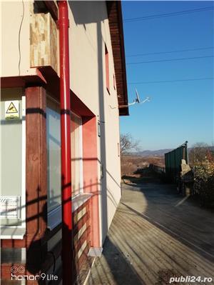 Casa familiala in Teisani - imagine 11