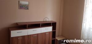 Apartament 3 camere, Ultracentral, pozitie excelenta - imagine 2