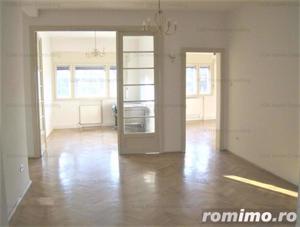 Apartament de vanzare 4 camere zona Romana - imagine 2