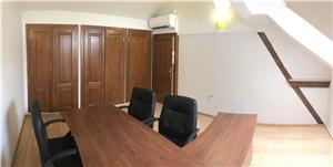 Apartament in PIATA UNIRII, cu scare interioara, DIRECT DE LA PROPRIETAR - imagine 6