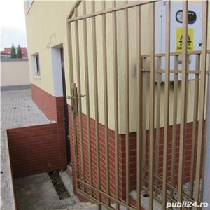 Zona Subcetate - Sp.com=100mp,finisat,toate utilitatile,2 intrari separate din strada,loc parcare - imagine 6