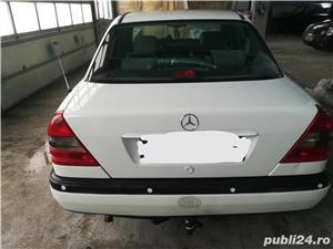 Vând sau schimb Mercedes-benz C220 - imagine 9