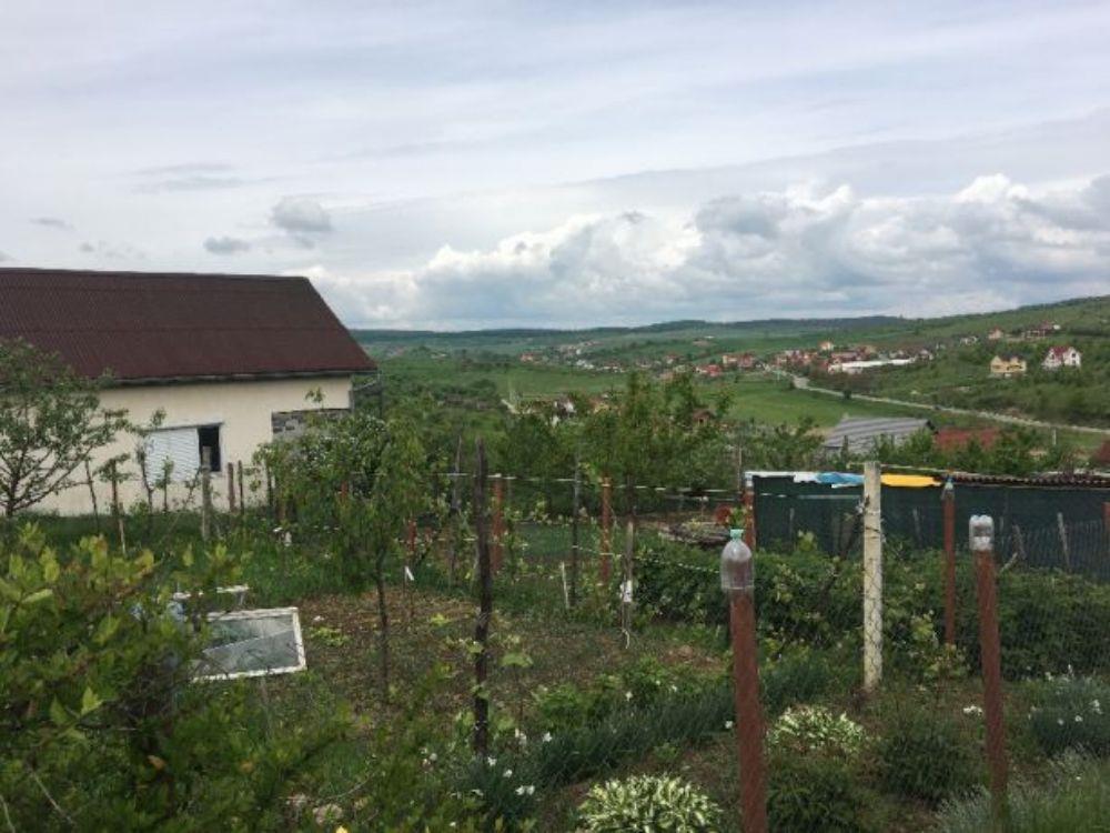 Vand/schimb casa cu teren drumul sigmirului - imagine 1