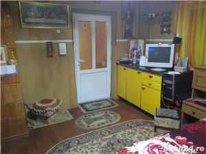 Vand casa la tara in Comuna Perieti-Olt - imagine 3