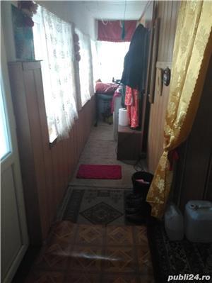 Vand casa la tara in Comuna Perieti-Olt - imagine 8