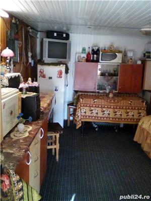 Vand casa la tara in Comuna Perieti-Olt - imagine 12