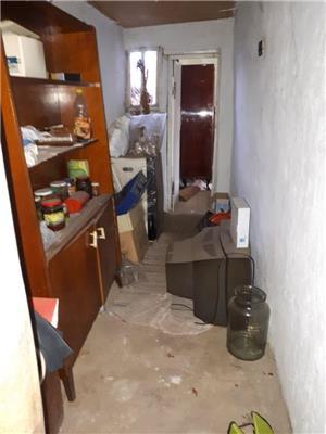 Casa batraneasca zona centrală  - imagine 5