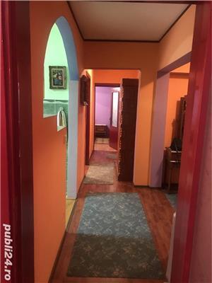 Vand/schimb apartament 3 camere in Baile Herculane, mobilat,renovat, dotat, la cheie! - imagine 1