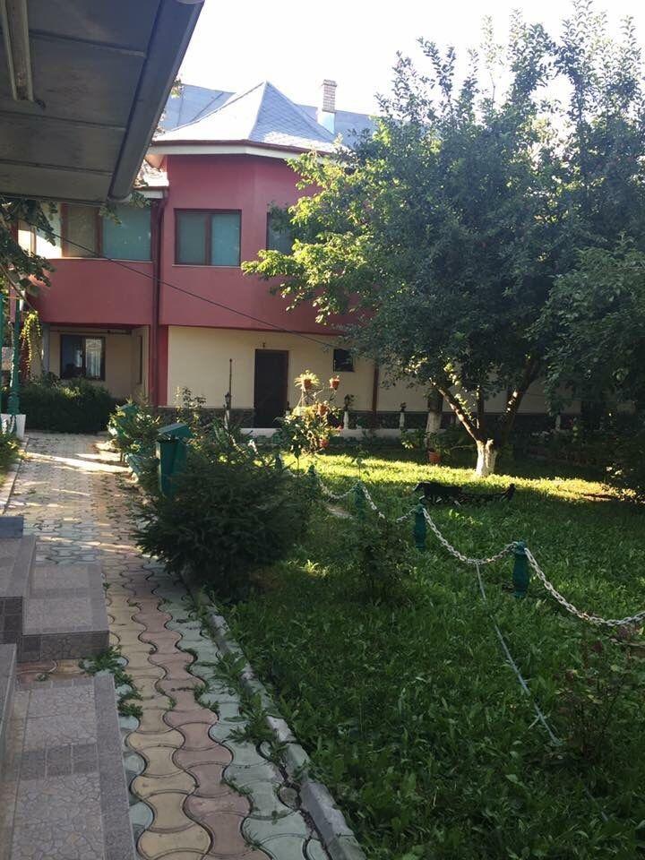 Casa Calarasi - imagine 1