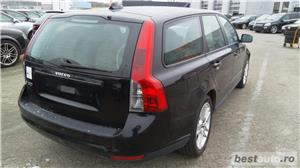 Volvo v50 - imagine 9