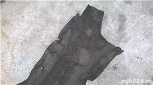 Carenaj aripa interioara roata dreapta spate FORD FOCUS 1998-2004  5 usi hatchback - imagine 3