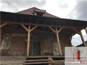 Casa, partial renovata, 700mp, zona 9 Mai - imagine 1