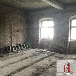 Casa, partial renovata, 700mp, zona 9 Mai - imagine 6