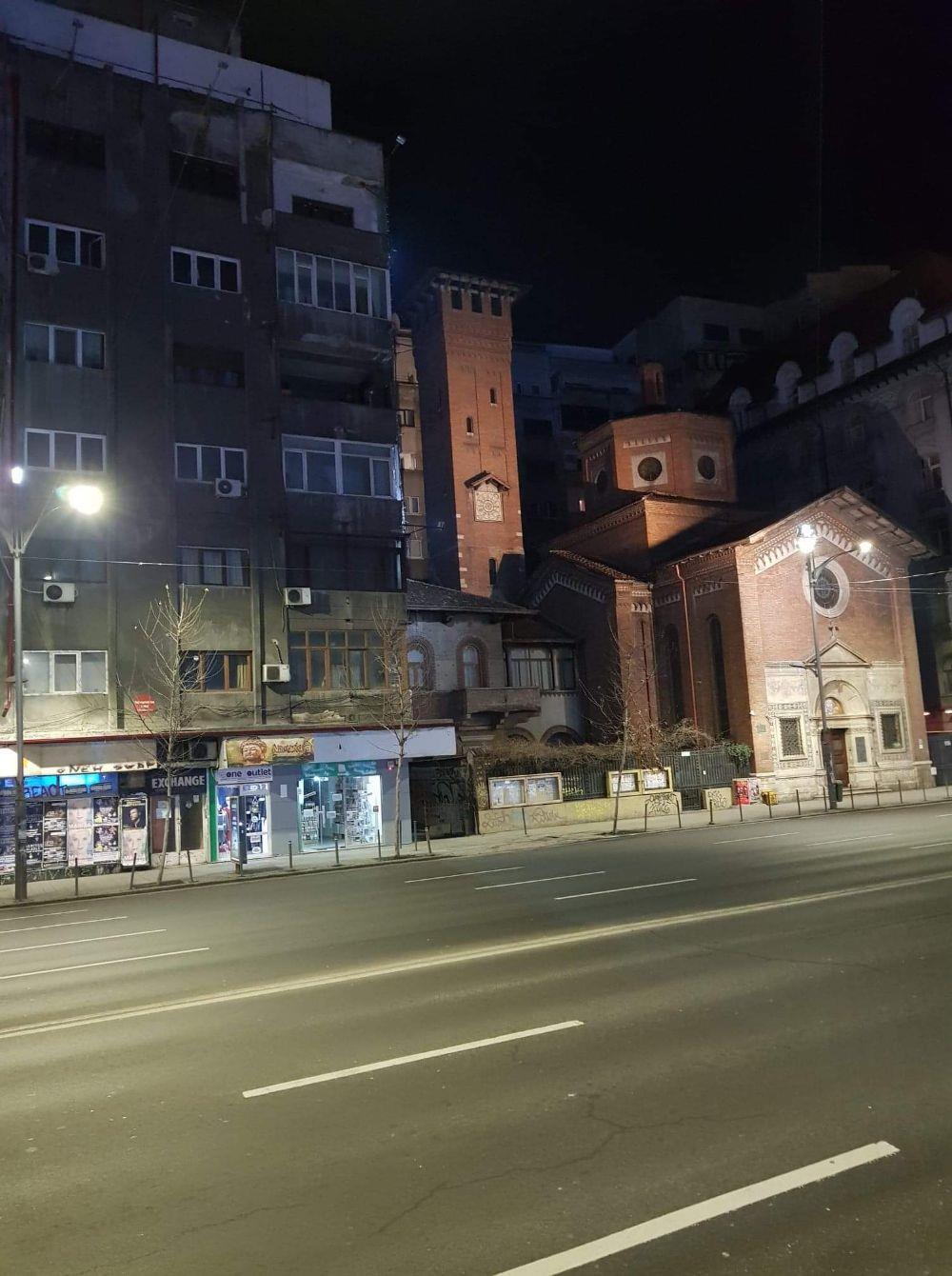 Bdul Nicolae Balcescu nr.30. -Biserica Italiana  - imagine 10