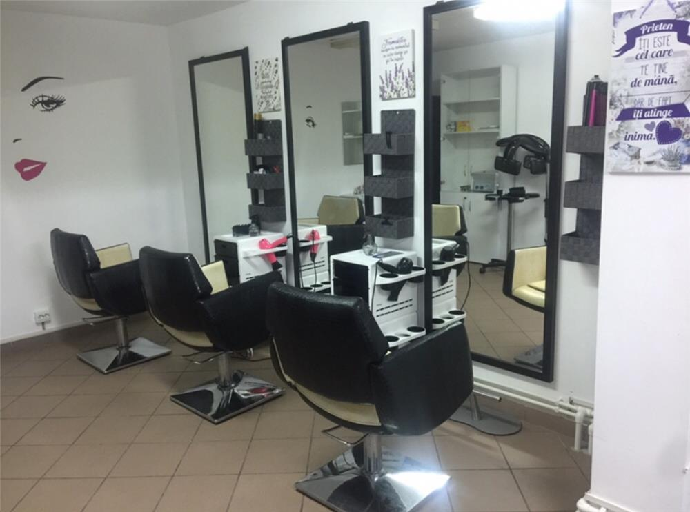 Subanchiriez salon infrumusetare 700 €  - imagine 4