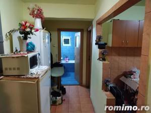 Apartament 2 camere decomandat Cetate - imagine 2