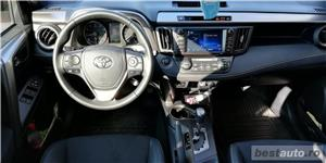 Toyota RAV4 - imagine 7