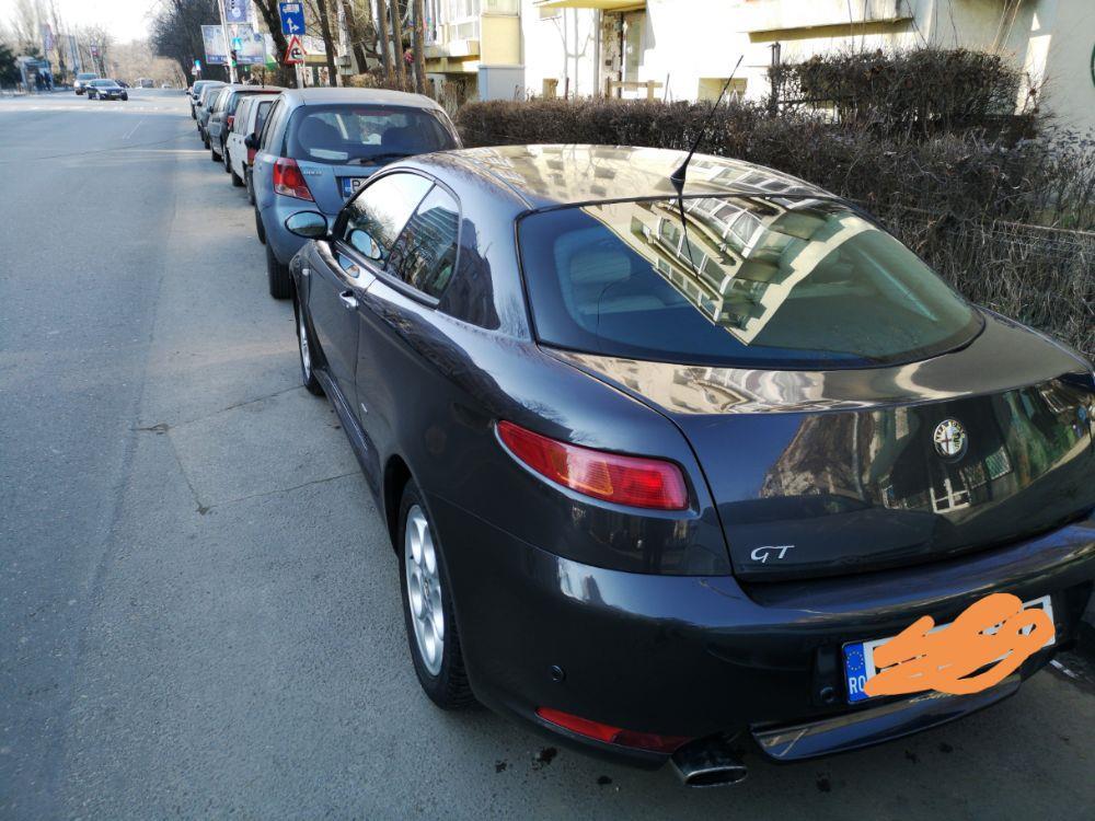 Alfa romeo GT - imagine 9