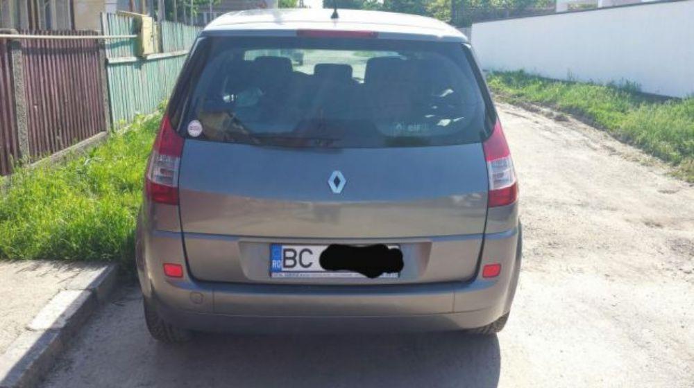 Renault grand scenic - imagine 4