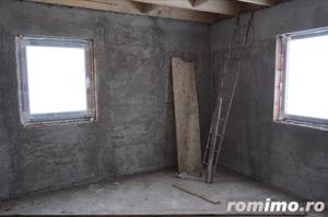 Duplex , 4 camere,120 mp,curte-300 mp,semifisat,zona str.Tautiului - imagine 2