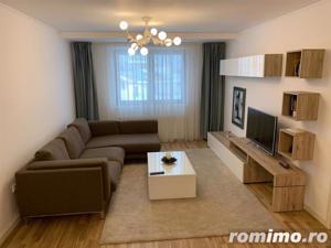 Apartament 3 camere, 85 mp,superfinisat/mobilat ,pod ,2 parcari - imagine 2