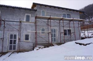 Duplex , 4 camere,120 mp,curte-300 mp,semifisat,zona str.Tautiului - imagine 4