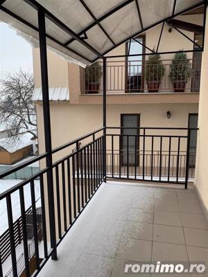 Apartament 3 camere, 85 mp,superfinisat/mobilat ,pod ,2 parcari - imagine 16
