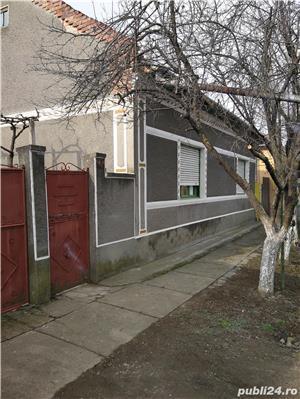 Casa de vanzare - imagine 1