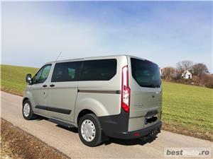 Ford Tourneo Custom - imagine 2